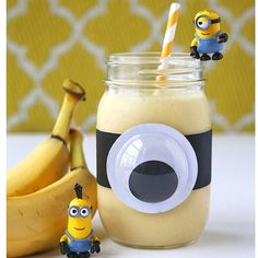 We're headed to @universalorlando this week! Minion smoothies are on my list to make to get the kids even more excited! Recipe on the blog (link in profile). . . . . .  #livinglocurto #minions #familyforward #funfood #banana #healthyfood #minionsparty #smoothiebowl #smoothie #food52 #beautifulcuisines #healthyrecipes #funfoodforkids #imhungry #masonjar #smoothielove #minionlife #universalorlando #foodporn #inthekitchen #instafood #foodwinewomen #tastespotting #foodgawker #foodblogfeed…