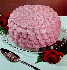 Pink Cake - love the icing on this one