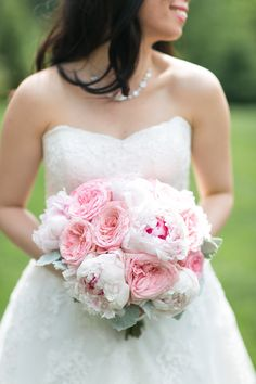 #weddingflorist #njweddingflorist #201 #Bergen #njflorist #luxweddings #2016bestofknot #2016coupleschoiceaward#weddingwire #theknot #bridebook #njweddings #smp #callustoday #solovely #thedailywedding #bridalbouquet #bouquet #pink #roses #simplebouquet