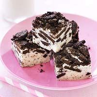Indulge with FamilyFun's Cookies & Cream Fudge