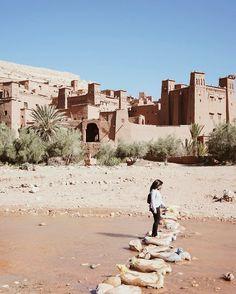 Crossing over to the UNESCO World Heritage site of Aït Ben Haddou – an ancient ksar along the caravan route between the Sahara and Marrakech   #btinMorocco