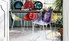 Check out Kartell's modern interior inspiration featuring their juicy-hued plastic chairs. Furniture Styles, Modern Furniture, Furniture Design, Modern Interior, Interior Design, Kartell, Colorful Chairs, Italian Furniture, Cool Rooms