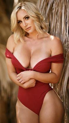 - Nikki Lynn - Valentines Day is approaching, what will you be doing for your sweetie? Nikki Lynn, Modelos Fitness, Mädchen In Bikinis, Hottest Models, Sensual, Bikini Girls, Red Bikini, Gorgeous Women, Hot Girls