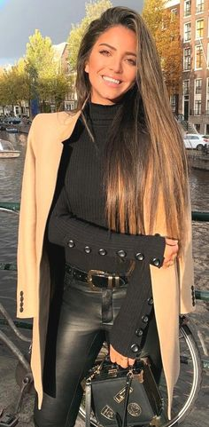 25 Best Extra Nice Winter Outfits to Wear Now - Hi Giggle! - 25 Best Extra Nice Winter Outfits to Wear Now. Winter Outfits For Teen Girls, Casual Winter Outfits, Casual Fall Outfits, Winter Fashion Outfits, Classy Outfits, Look Fashion, Stylish Outfits, Beautiful Outfits, Autumn Fashion