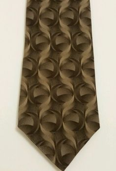 Bill Blass Luxury Geometric 100% Silk Brown Classic Mens Neck Tie  #BillBlass #NeckTie