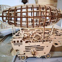 Puzzle en bois 3D Maquette DIY Puzzle mecanique Mecapuzzle DIY  Loisirs créatifs Idée cadeau Puzzle Puzzle, Chandelier, Ceiling Lights, Home Decor, Creative Crafts, Gift, Puzzles, Candelabra, Decoration Home