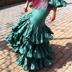 Cómo hacer la falda de un vestido de flamenca. Parte III del tutorial ¿Cómo…