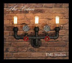 Le Triton industrielle Steampunk Black Pipe par TMLStudios sur Etsy