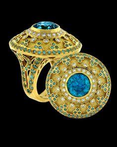 Diamond Rings : Blue Zircon and Diamond.