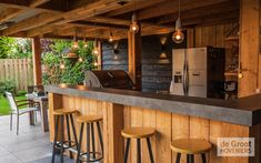 Outdoor Garden Bar, Outdoor Kitchen Design, Pool Bar, Garden Log Cabins, Pub Sheds, Bar Shed, Deco, Backyard Pool Landscaping, Modern Tiny House