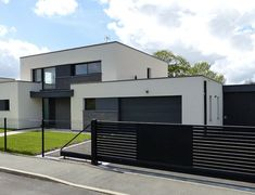 Our customers wanted a house with a cubic shape, with interior spaces . - Our customers wanted a cubic house, with adjoining interior spaces in which they would occasionally - House Outside Design, House Design, Modern House Plans, House Goals, My Dream Home, Future House, Modern Architecture, New Homes, House Styles