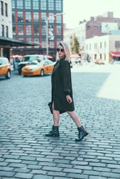 Black combat boots, black dress and black duster jacket // The Lo Down