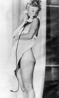 Resultado de imagem para Marilyn Monroe nude