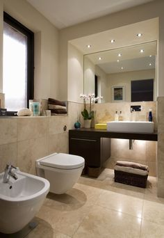 13 Big Ideas For Tiny Bathrooms Warm Bathroom Modern 40 Beige Bathroom Tiles Ideas And Pictures Bathroom Modern Bathroom Idea Modern Bathroom Tile Minimalist 61 Warm Bathroom, Beige Bathroom, Bathroom Small, Bad Inspiration, Bathroom Inspiration, Modern Bathroom Design, Bathroom Interior Design, Bath Design, Bathroom Designs