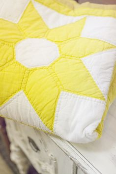 Yellow & white quilt