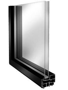 As janelas e as portas exteriores são responsáveis pelas maiores perdas de temperatura e entradas de ruído nos edifícios. Contar com uma boa caixilharia com vidro duplo num edifício é vital para um isolamento térmico e acústico eficaz. Em reabilitação é inteligente preservar as caixilharias exteriores existentes e acrescentar umas janelas novas pelo interior, criando um sistema de janela dupla com caixa de ar que melhora drasticamente o conforto térmico e acústico do edifício.