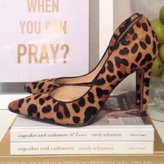 Jessica Simpson Pumps (Leopard) Great condition, only worn a few times. they're too big for me, unfortunately :( leopard pumps Jessica Simpson Shoes Heels