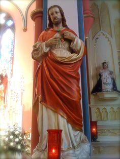 Saint Gertrude the Great's Prayer to the Sacred Heart: Sacred Heart of Jesus statue next to right side altar in St. Mary's Oratory, Rockford, Illinois.