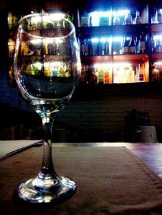 white wine glass?? Correct?