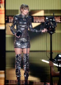 Taylor Swift Photo Gallery: Click image to close this window Beautiful Taylor Swift, Taylor Swift Hot, Taylor Swift Style, Taylor Taylor, Taylor Dress, Taylor Swift Vestidos, Swift Photo, Taylor Swift Pictures, Taylors