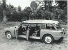 Citroen DS Safari publicity photo