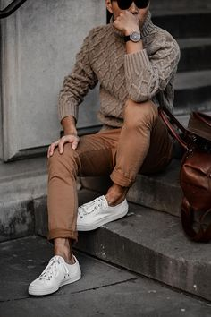 men's fashion & style - Men's style, accessories, mens fashion trends 2020 Outfit Hombre Casual, Stylish Men, Men Casual, Business Casual Outfits Mens, Casual Wear, Casual Styles, Mode Man, Winter Outfits Men, Winter Wear For Men