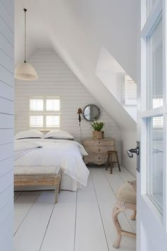 Brilliant Attic remodel,Attic renovation insulation and Small attic bathroom designs. Attic Bedroom Small, Bedroom Loft, Bedroom Decor, Attic Bathroom, Bedroom Ideas, Bedroom Signs, Wood Bedroom, White Bedroom, Bedroom Inspo