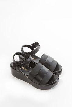 Pod Platform Sandal by Rober Clergerie | #kickpleat #robertclergerie #platform #sandals