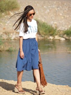 Outfit: Back to the 70s with midi skirts and fringes