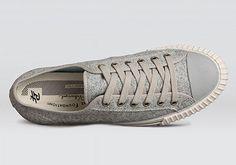 Shoes for My Boyfriend♥彼にぴったりのスニーカーを探そう   靴からはじまるスタイルWEBマガジン ShoeCream (シュークリーム)