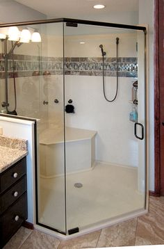 10 Inspirational Walk in Showers for Small Bathrooms - Tags: bathtub tile ideas tile ideas shower walk in Small Bathroom With Shower, Walk In Shower, Master Bathroom, Shower Bathroom, Small Bathrooms, Bathroom Ideas, Corian Shower Walls, Granite Shower, Small Baths