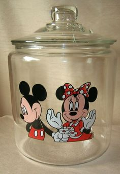 Disney Mickey & Minnie Mouse Glass Cookie Jar Canister Tall in Collectibles, Disneyana, Contemporary Cozinha Do Mickey Mouse, Minnie Mouse Kitchen, Mickey Mouse House, Mickey Minnie Mouse, Mini Mouse, Disney Kitchen Decor, Disney Bathroom, Disney Home Decor, Disney Diy