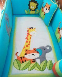 Bed sheets and bedding | juego de cuna. Personaliza el juego de cama de tu bebé con nosotros! Info WhatsApp:+573103126695 Instagram: Info@bebespaisajes.com #juegodecunas, #toallas, #bebes,  #sabanas, #niños, #lenceriabebe, #manta, #embarazo, #decoracionhabitacion, #babyshower, #toldo, #barranquilla, #colombia, #cuna, #maderacountry Animal Sewing Patterns, Quilt Patterns, Colchas Quilting, Bargello Quilts, Baby Sheets, Patchwork Bags, Baby Bedroom, Hobbies And Crafts, Baby Quilts