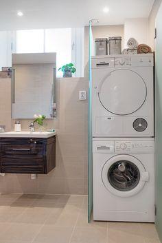 Inbyggd tvättpelare, golvvärme & infälld belysning