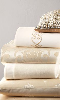 1000 Thread Count Linen and Lace Bedding  - The House of Beccaria