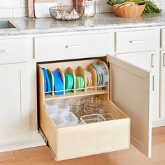 It's always a challenge to find matching containers and lids. This container storage cabinet keeps them all neatly organized and easily accessible. diy kitchen ideas Build the Ultimate Container Storage Cabinet Sink Storage, Kitchen Decor, Interior Design Kitchen, Cheap Kitchen Cabinets, Kitchen Storage Solutions, Kitchen Organization, Storage, Kitchen Renovation, Kitchen Drawers
