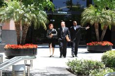 Attorney Michael Ehline and assistants leaving Wilshire Blvd, Los Angeles, CA Injury Attorney, Personal Injury, Law