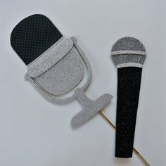 MicroPhone Vintage Microphone singers tool   Photo by PICWRAP