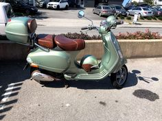 Vespa, Photos, Pictures, Photo And Video, Vehicles, Google, Wasp, Hornet, Photo Illustration