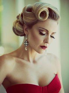 dalgalı vintage gelin saçı modeli