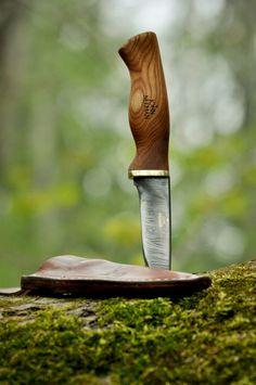 """wanderingjimm: """" Damascus Steel Wildlife Knife """""""