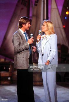 (John Denver 'US-Country-Star' mit Silvie;Vartan, ARD-Show 'Die verflixte 7', )