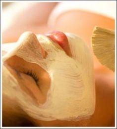 Banana Facial: Best Homemade #Facials for #DrySkin | See more about mint leaves, banana facial and facial masks.