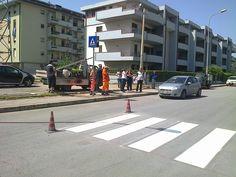 La protesta in via del Tiro a Segno per le strisce pedonali (1)