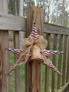 FoLk Art PrimiTive GruNgy Americana Hanging Door GreeTer STAR Flag DecoraTion #Americana #MelissaHarmon
