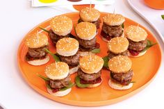 Catering for a kid's birthday party has just got easier with these mini hamburgers that everyone will love.