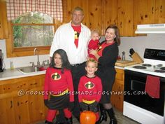 Awesome The Incredibles Family Costume... This website is the Pinterest of costumes