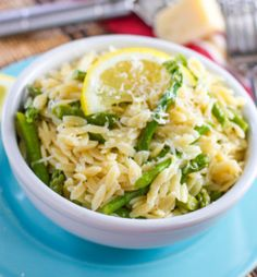Quick Lemon Orzo Pasta with Asparagus