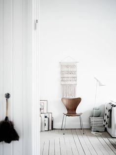 Bright home with lots of details - via Coco Lapine Design