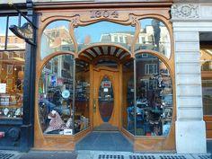 Cambridge, MA Felix Art Nouveau (shoe repair)  storefront